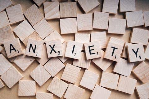 află mai multe despre ce este anxietatea sociala